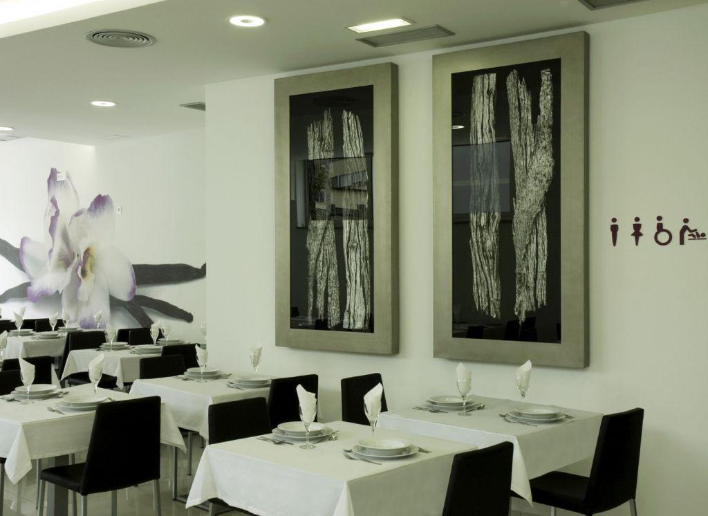 hotel genesis 9